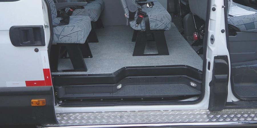 Passageiros - detalhe acabamento porta de passageiros