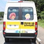 Transporte de passageiros - Tipo Escolar - vista traseira fechada